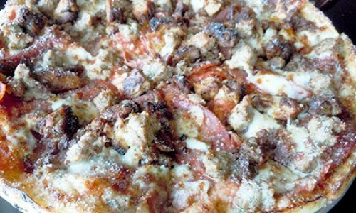 Enjoy Going Out in Warming Weather with a Pizza Restaurant in Kalamazoo